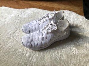 Nike Juvenate Woven Weiß