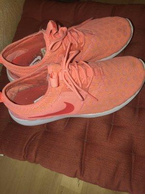 Nike Juvente 39 orange