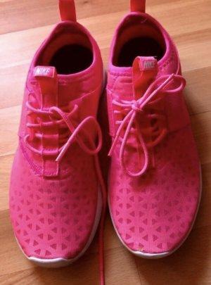 Nike Juvente pink 40