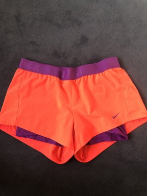 Nike Kurz