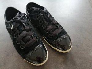 Nike Lack-Sneaker schwarz aus Leder (38,5)