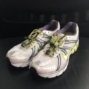 Nike Laufschuhe Bowerman Pegasus 25 Gr. 40