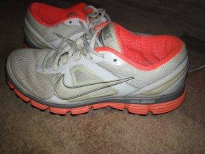 Nike Laufschuhe gebraucht
