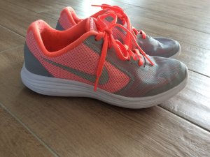 Nike Laufschuhe Größe 37,5