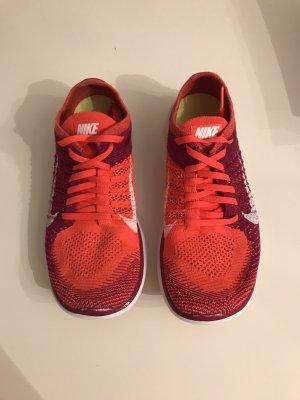 Nike Laufschuhe Roshe 40