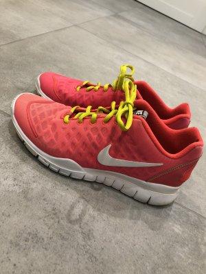 Nike Laufschuhe Sportsneaker