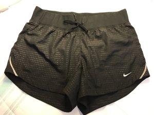 Nike Laufshorts dri-fit, Gr. XS, neuwertig.
