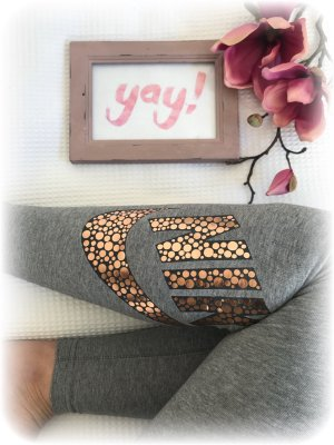 Nike leggins, tight, grau mit Rosegoldenem bzw Bronze metallic Logo am Bein, S