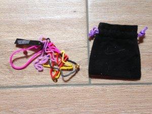 Nike Lira Bajramaj Fußball-Armbändchen aus Gummi