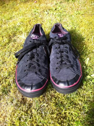 Nike - low - Größe 40,5