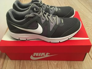 Nike Lunarfly Sneaker Running fitness Grau Gr.9,5