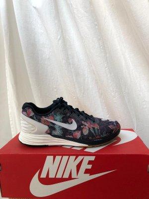 Nike Lunarglide 37,5