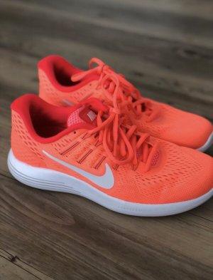 Nike // Lunarlon Run easy neonorange