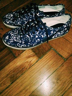 Nike marinblaue Sneakers