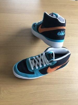 Nike Mavrk M2 neu
