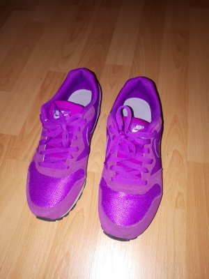 Nike Sneakers met veters lila