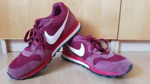 Nike MD runner 2 dunkelrot