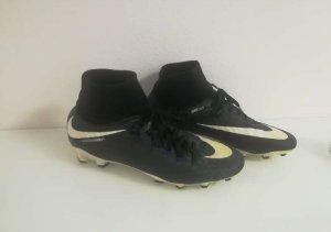 Nike Mercurial Fussballschuhe in Gr.40,5