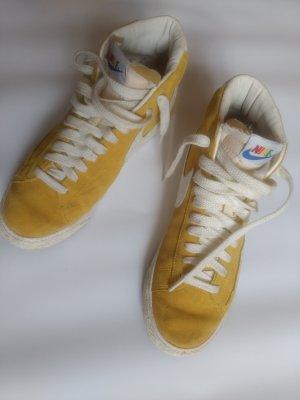 Nike Mid Blazer Rainbow Gelb Gr.41
