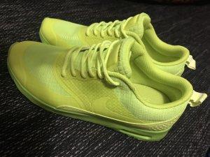 Nike Sneakers neongeel