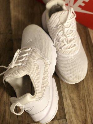 Nike High top sneaker wit