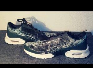 Nike Lace-Up Sneaker petrol