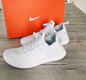 Nike Performance Schuhe Neu*