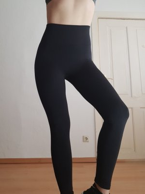 Nike Power Studio Yoga-Tights Gr. S schwarz