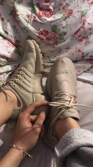 Nike presto mit kleinen Macken