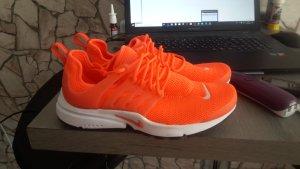 nike presto neon orange