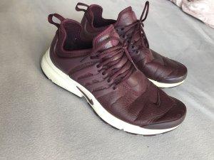 Nike presto night maroon