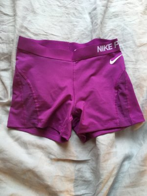 Nike pro Training Short Shorts hot pants kurze Sporthose Hose lila