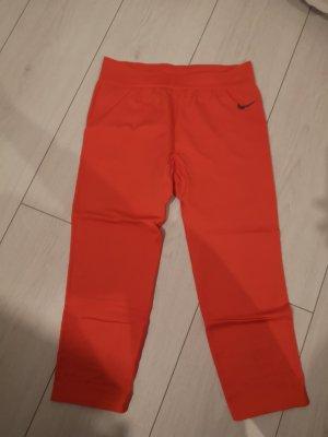 Nike Pro workout Capri feuerrot