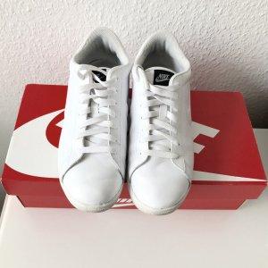 Nike Racquette 10/42 weiß Sneaker
