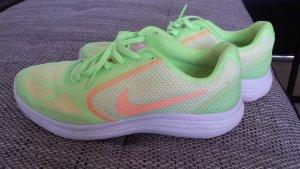 ***Nike Revolution 3 Damen Turnschuhe,Laufschuhe*** Gr.41****