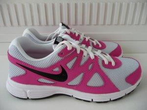 Nike Revolution Größe 36 1/2, Neu! Ladenpreis 59Euro
