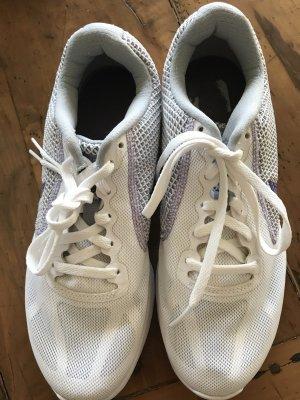 Nike Revolution3 weiss/lila 39