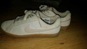 Nike Sneakers dusky pink