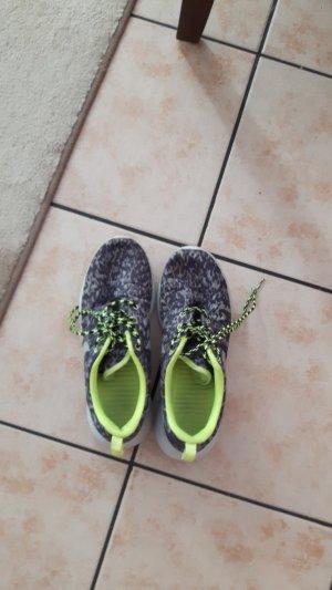 Nike rosh run gelb grau