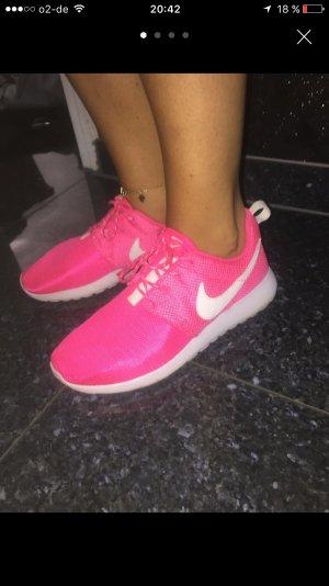 Nike Rosh Run Pink Weiß