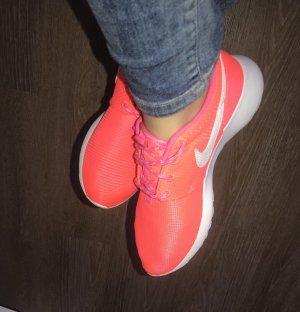 Nike Roshe Gr.38,5