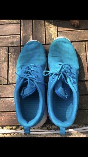 Nike Roshe in babyblau
