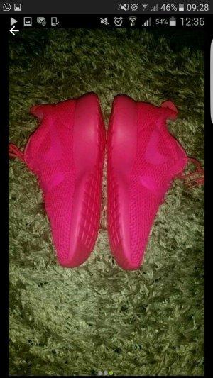 Nike Roshe Neu Gr 38