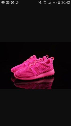 Nike Roshe One Hyp Neu