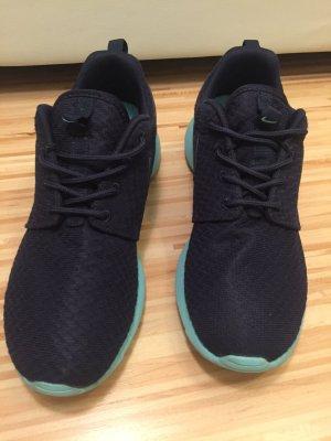 Nike Roshe One in blau