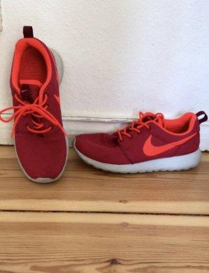 Nike Roshe One in knalliger Sommefarbe
