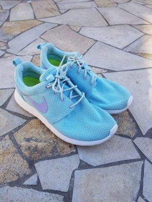 Nike Basket à lacet bleu clair