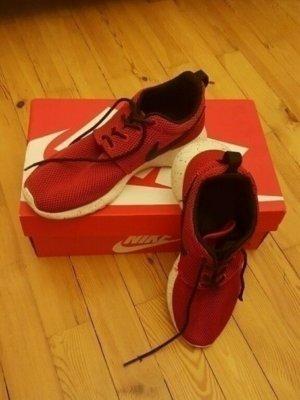 Nike Roshe Run 38