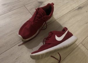 Nike Roshe Run 40