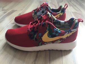 Nike Roshe Run aloha pack rot Größe 39 neu Schuhe Turnschuhe